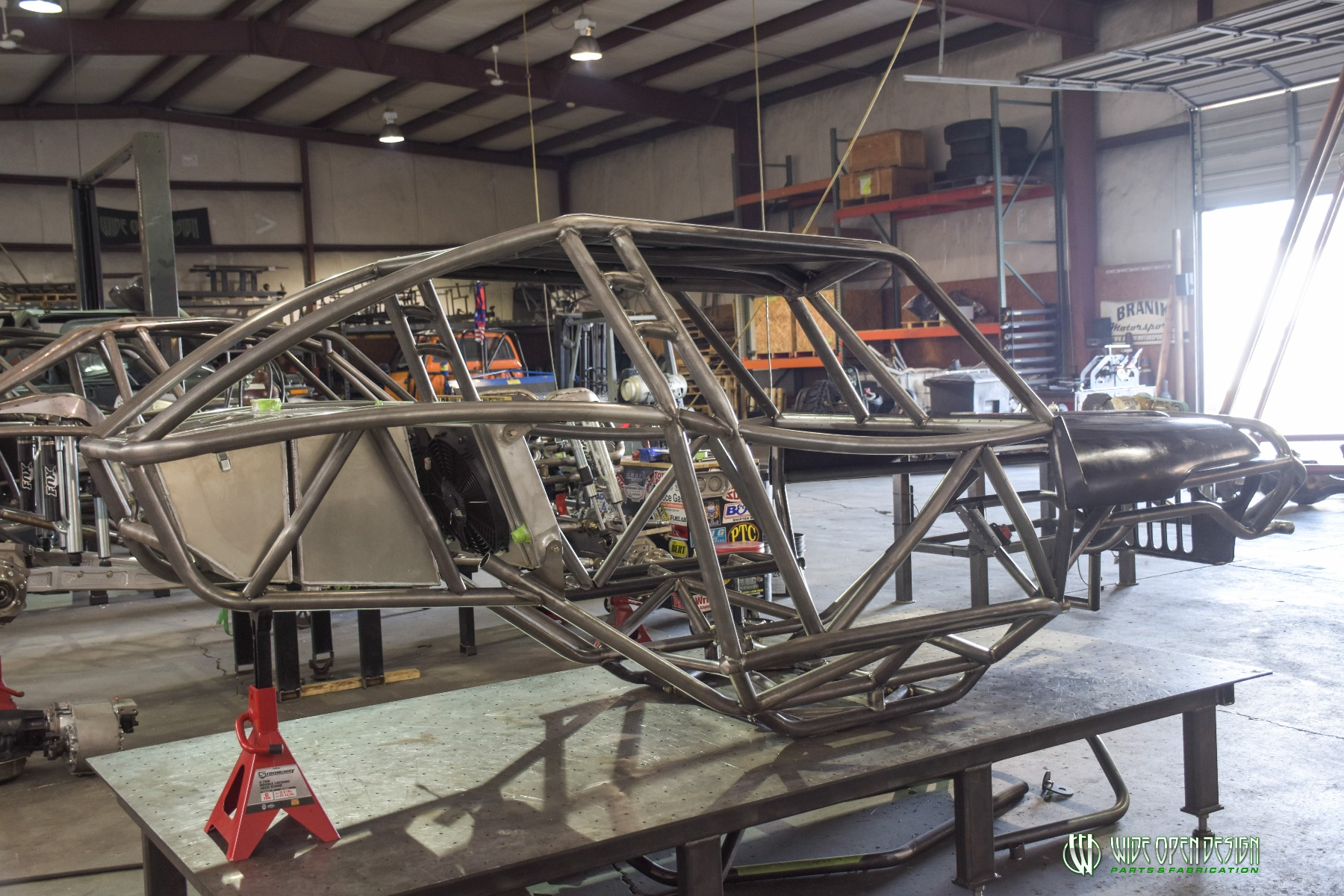 Wide Open Design Evolution Rock Crawler chassis with jeep hood and grill 5