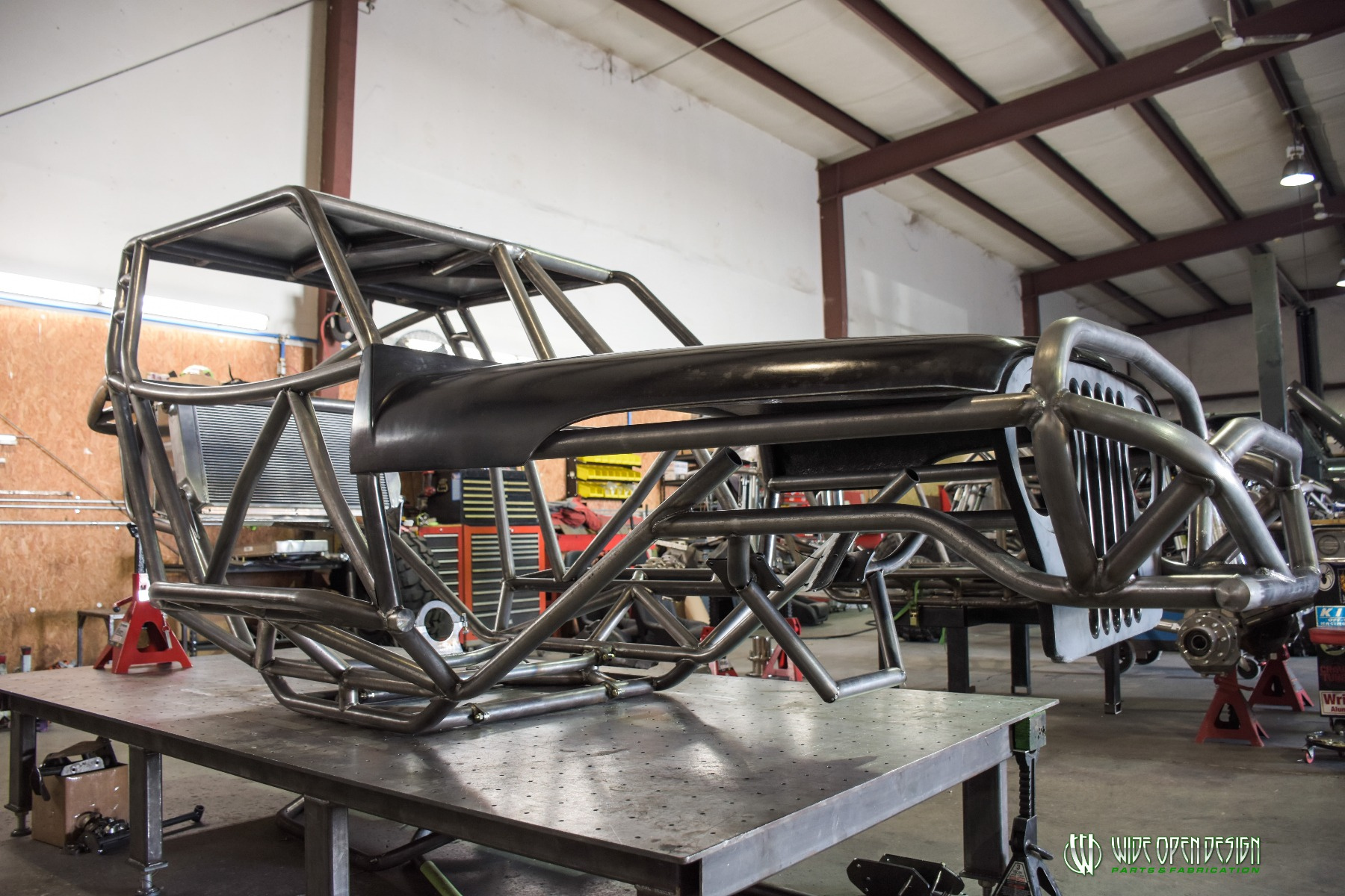 Wide Open Design Evolution Rock Crawler chassis with jeep hood and grill 6