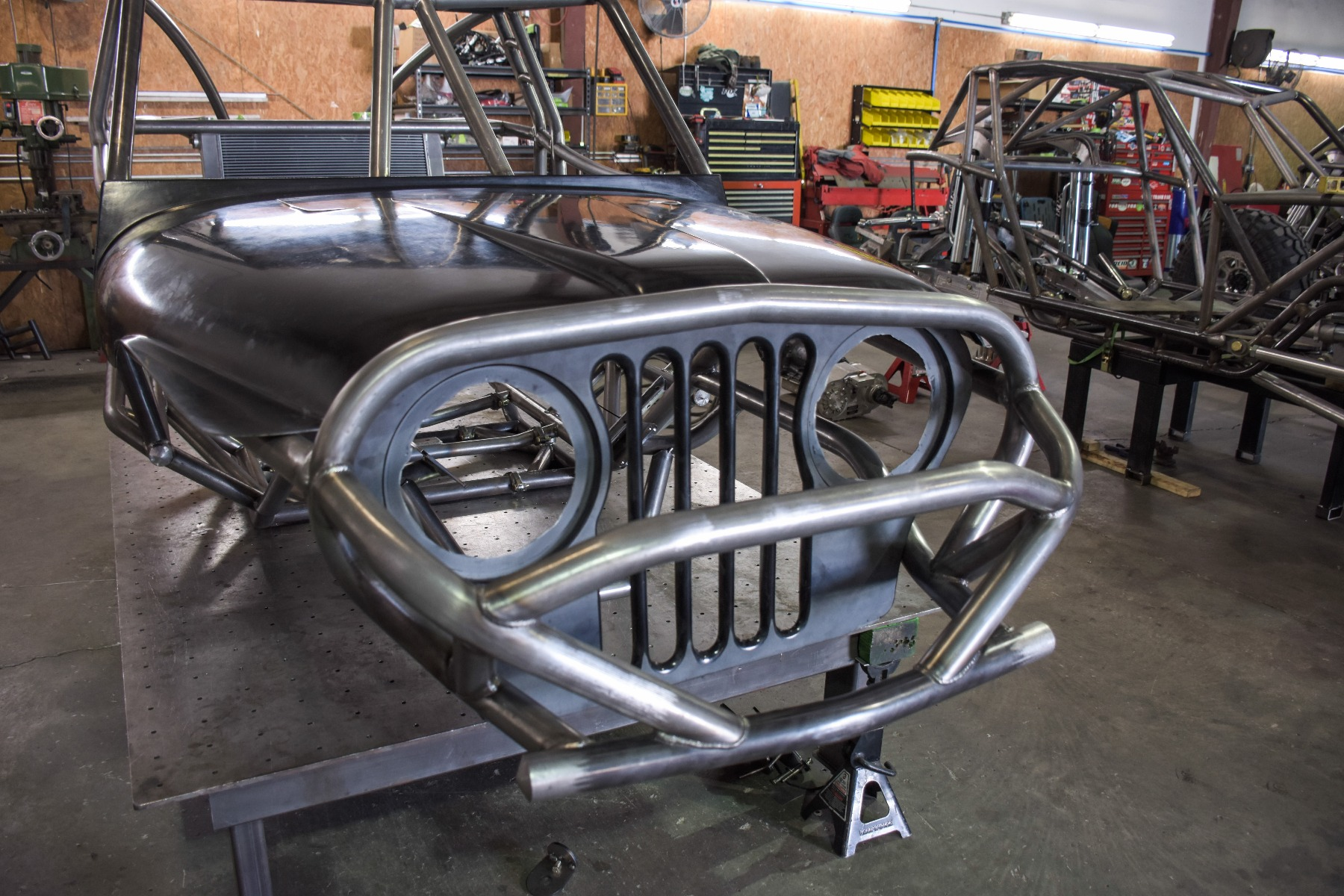 Wide Open Design Evolution Rock Crawler chassis with jeep hood and grill front detail 16