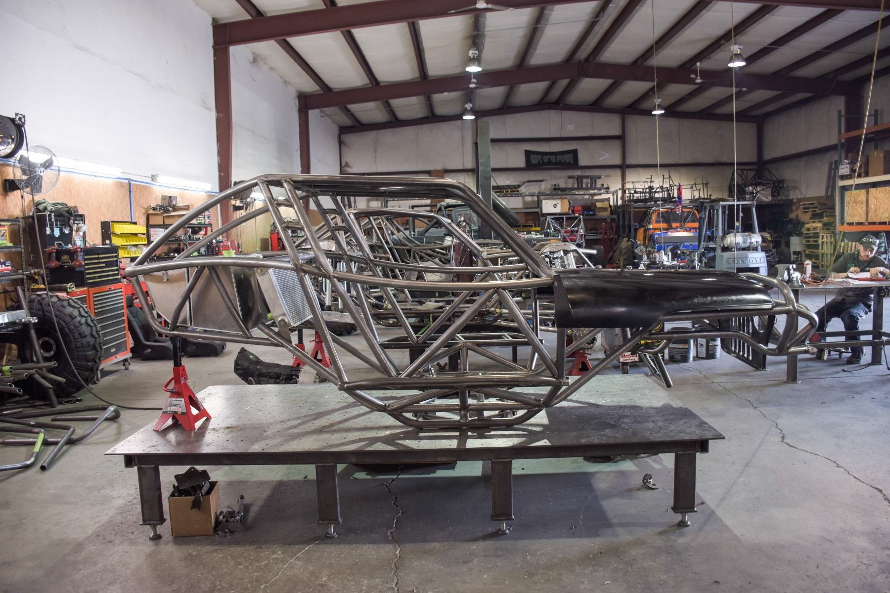 Wide Open Design Evolution Rock Crawler chassis with jeep hood and grill side 16