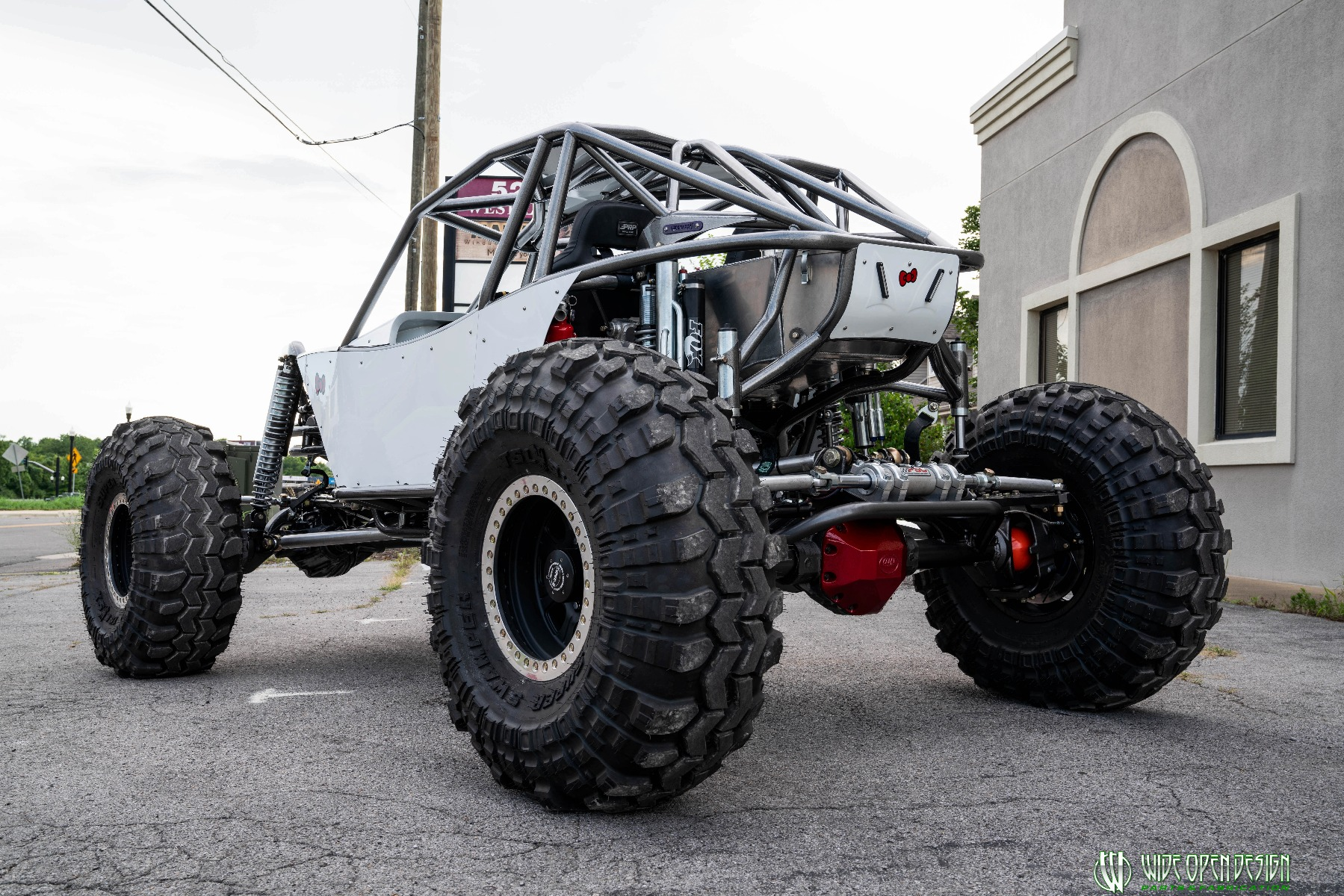 Hello Kitty Rock Crawler Front of Shop Image 6
