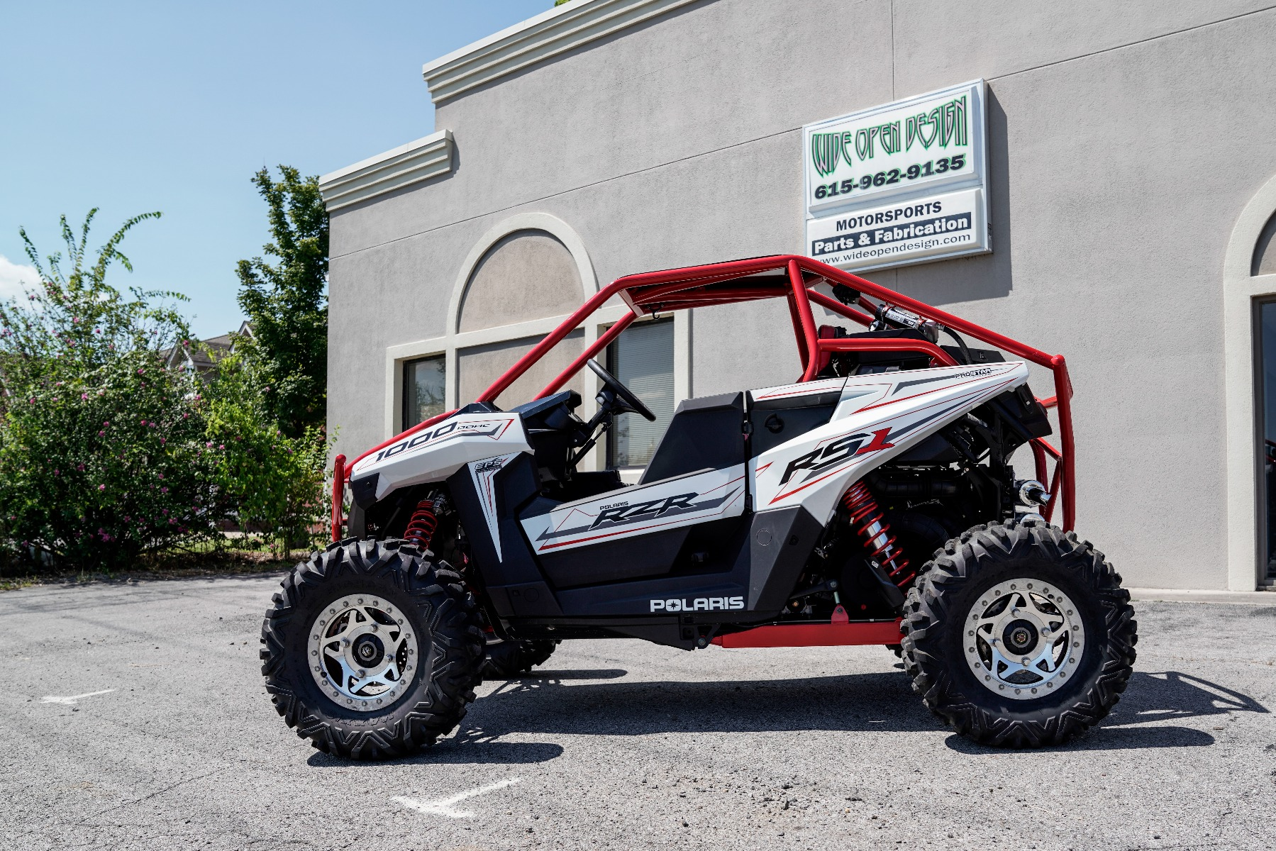 Polaris RZR RS1 Roll Cage in front of Wide Open Design Image 4