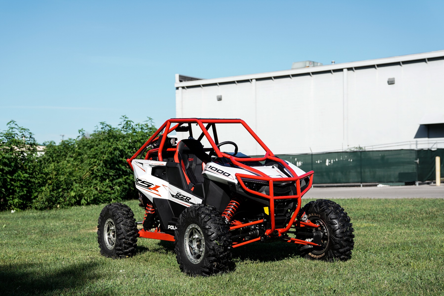 Polaris RZR RS1 Roll Cage in grass Image 8
