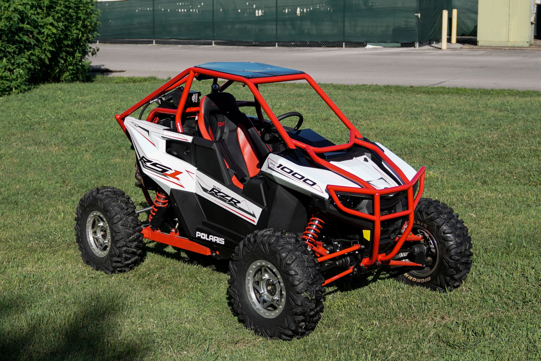 Polaris RZR RS1 Roll Cage in grass Image 10