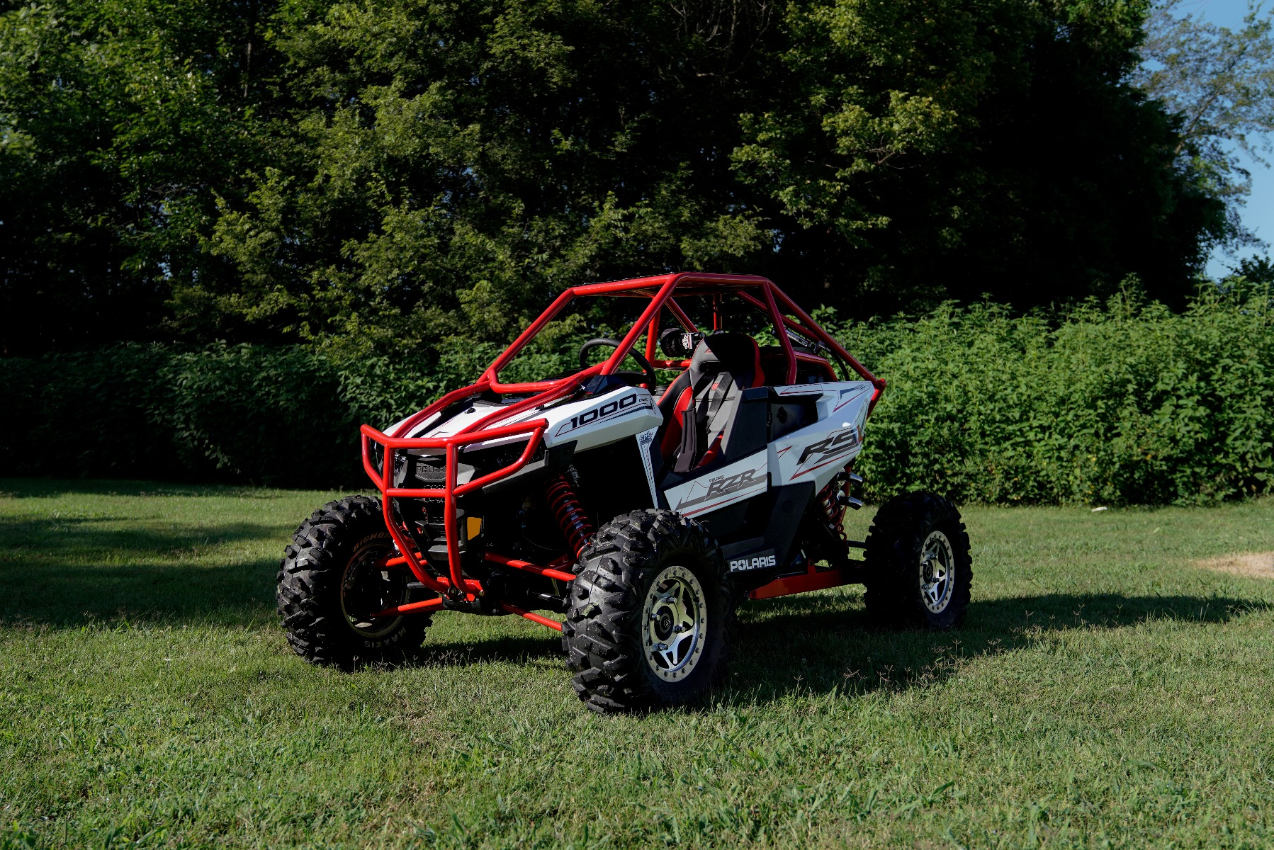 Polaris RZR RS1 Roll Cage in grass Image 11