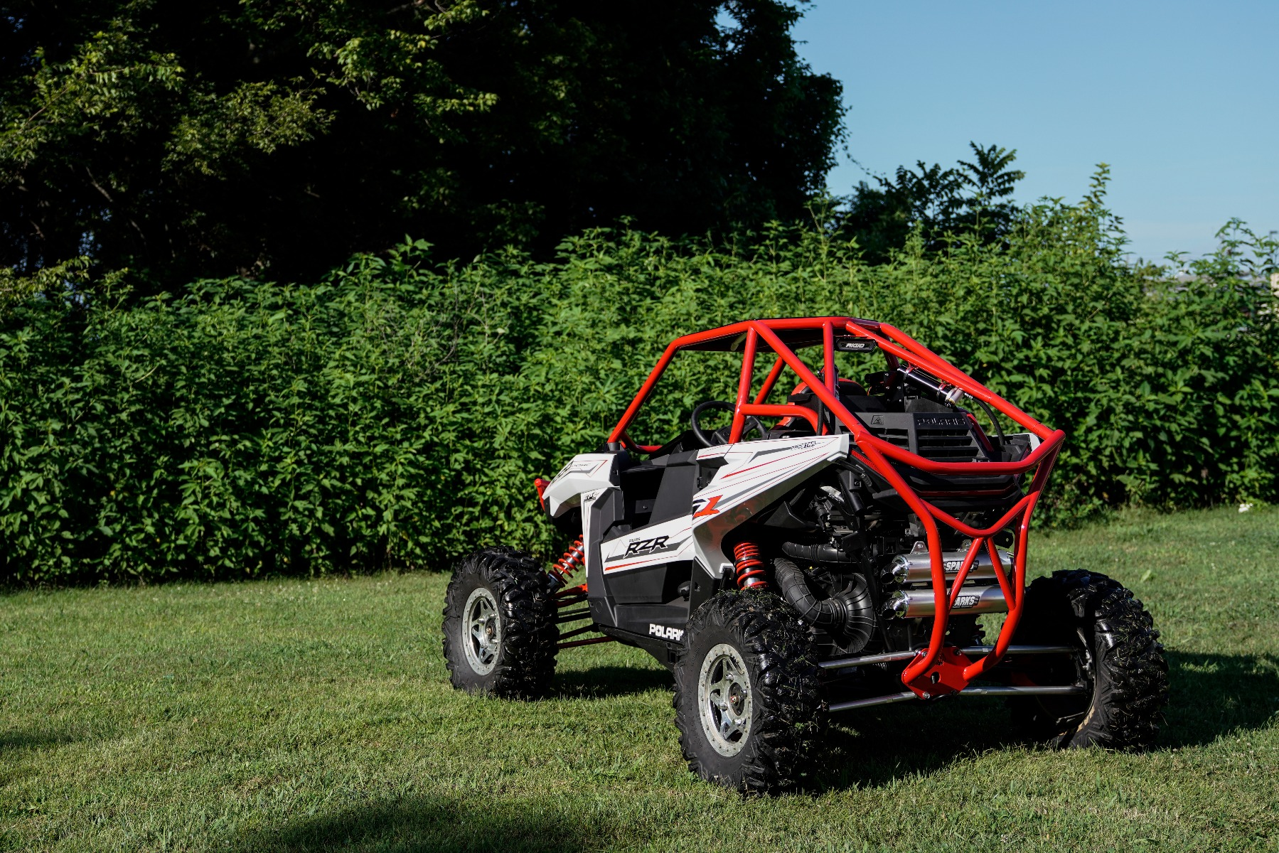 Polaris RZR RS1 Roll Cage in grass Image 12