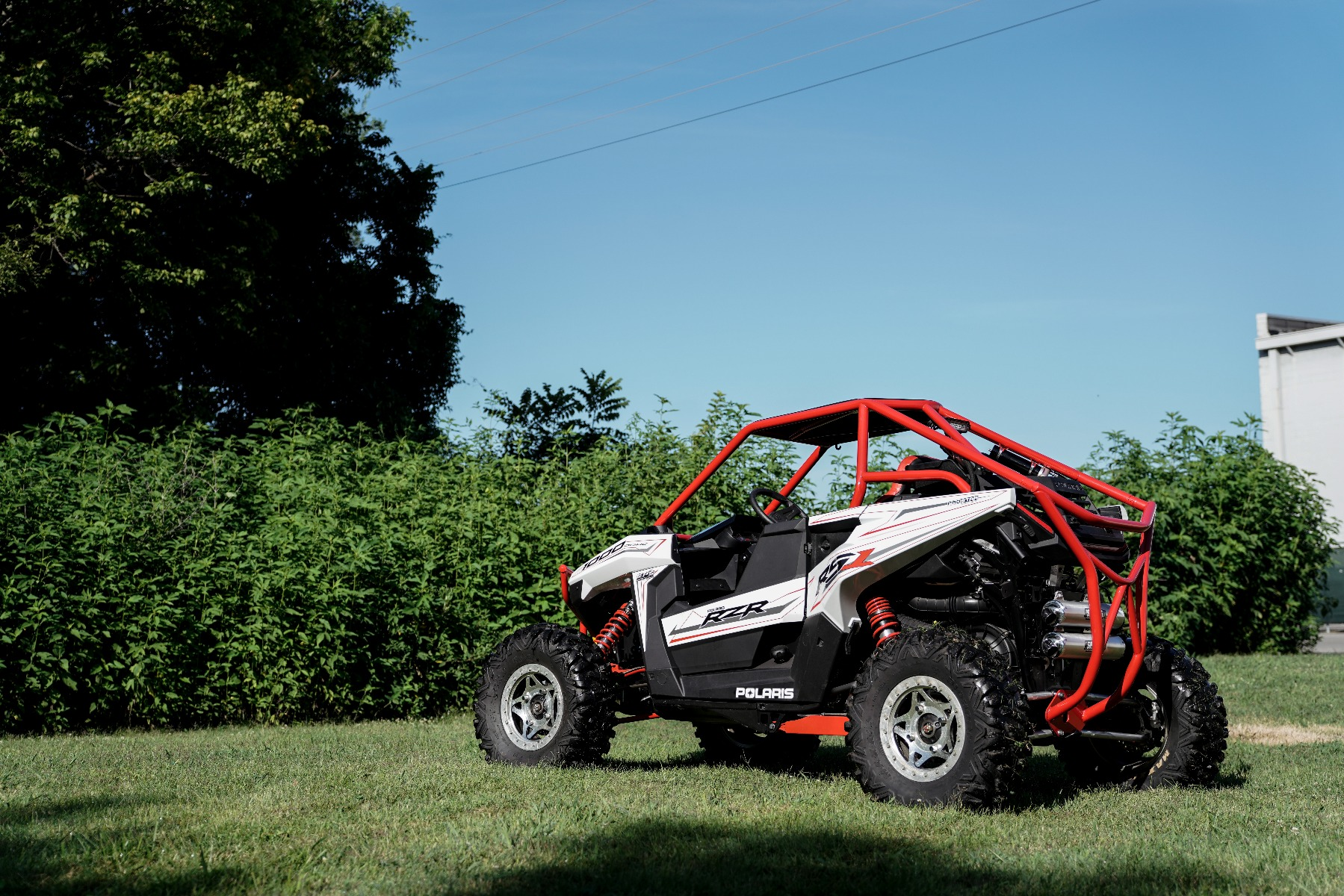Polaris RZR RS1 Roll Cage in grass Image 13