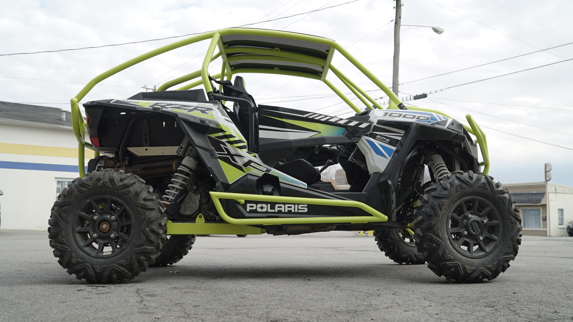 Polaris RZR 1000 with Yellow Roll Cage Image 11