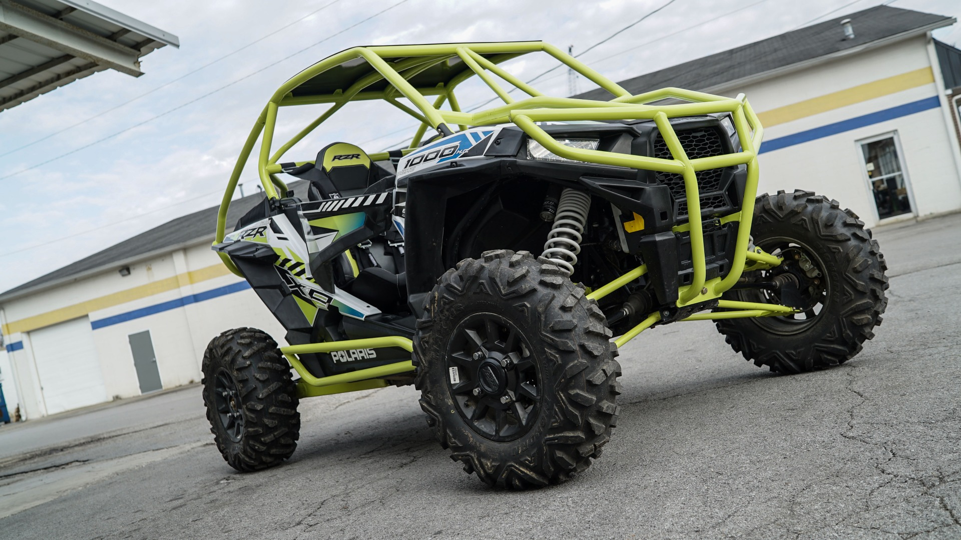 Polaris RZR 1000 with Yellow Roll Cage Image 12