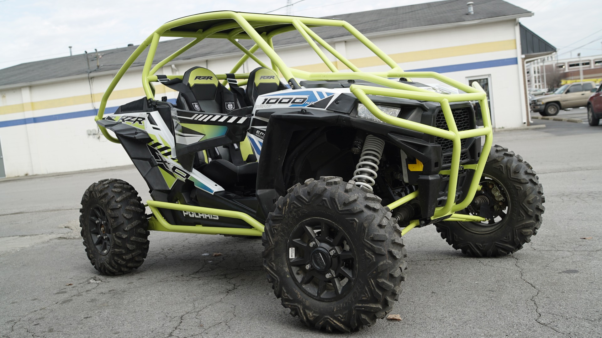 Polaris RZR 1000 with Yellow Roll Cage Image 13