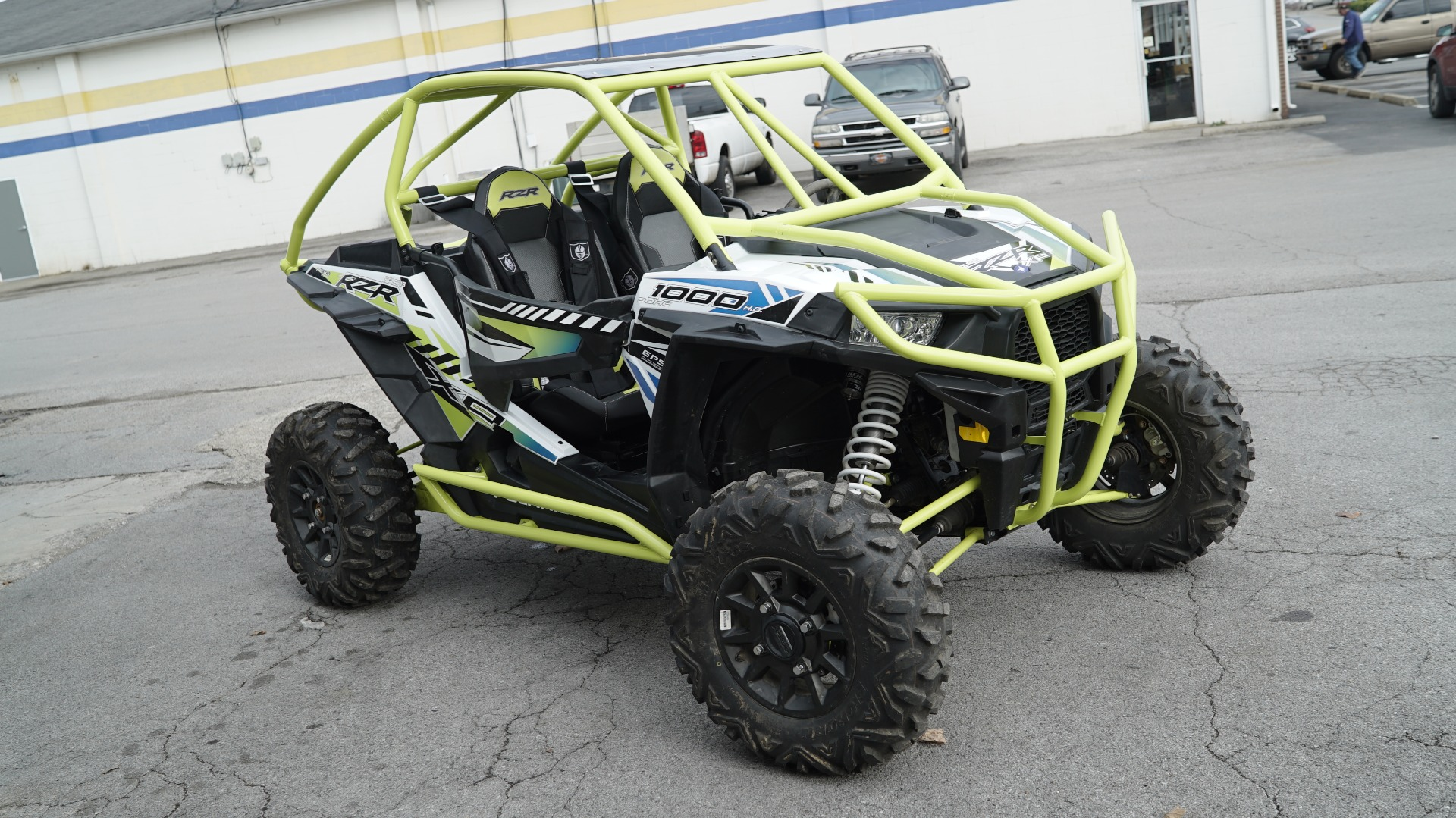 Polaris RZR 1000 with Yellow Roll Cage Image 14
