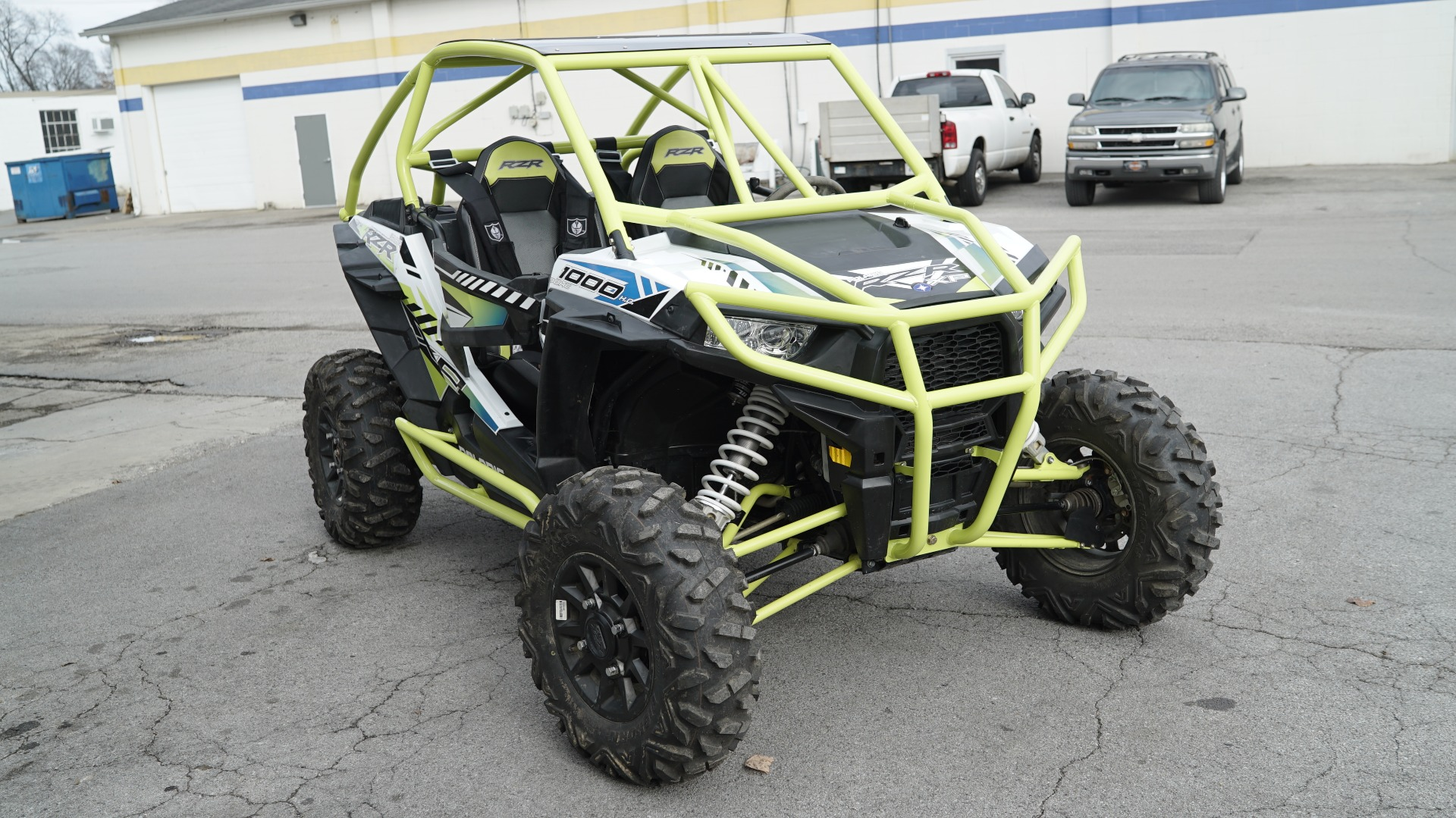 Polaris RZR 1000 with Yellow Roll Cage Image 15